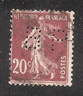 Perforé/perfin/lochung France No 139 BP Banque De Paris Et Des Pays Bas (147) - Perforés