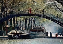 Carte Postale GRAND FORMAT PARIS (75) Canal Saint-Martin - Bâteau-Péniche - La Seine Et Ses Bords