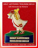 """SUPER PIN'S GOLF : TOULOUSE-SEILH Inauguré En 1988, 140 Hectares, émail Base Or + Vernis, Visuel """"OIE"""" Format 2,7X3,2cm - Golf"""