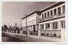 A SAISIR !!!!. FOURCHAMBAULT. Le Réfectoire De L'ACMA. (usine De Scooters VESPA) - Otros Municipios