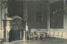 CPA Mons-Hôtel De Ville-Salon    L2831 - Mons