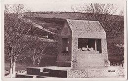 48. Pf. CHATEAUNEUF-DE-RANDON. L'Habitarelle. Tombeau De Duguesclin - Chateauneuf De Randon