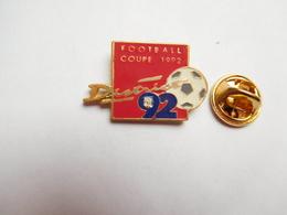 Beau Pin's , District De Football , Coupe 1992 - Football