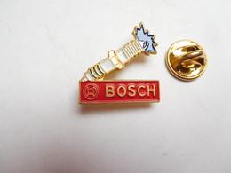 Beau Pin's , Auto Piéces Accessoires , Bougies Bosch - Pin's