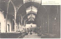 FR66 THUIR - EC 29 - Grand Hall Des établissements VIOLET Frères - BYRRH - Tonneaux - Animée - Belle - France