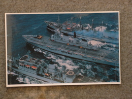 HMS INVINCIBLE IN SOUTH ATLANTIC - Warships