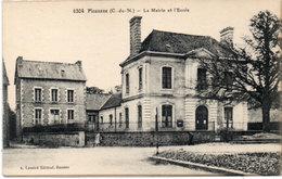 PLOUASNE - La Mairie Et L' Ecole  (113548) - Andere Gemeenten