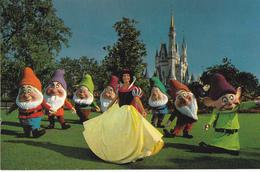 WALT DISNEY WORLD VILLAGE - SNOW WHITE AND THE SEVEN DWARFS - Disneyworld