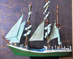 4 MAQUETTES De 3 BATEAUX En BOIS + 1  Bateau ÉPAVE Pour Aquarium - Barche