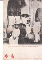 CPA INDOCHINE - HUE (ANNAM) GROUPE DE FEMMES ANNAMITES - Vietnam