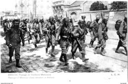 (80)  AMIENS   BELLE CARTE  LE PASSAGE DES TIREURS MAROCAINS  1914   -  EBA-273 - Amiens