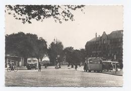 57 - THIONVILLE - PLACE HELLOT--BUS CAR ARRÊT - RECTO / VERSO-- B57 - Thionville