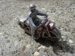 Moto Et Motard Quiralu - Quiralu