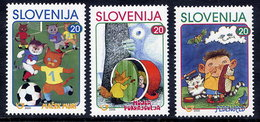 SLOVENIA 2000 Children's Book Illustrations  MNH / **.  Michel 288-90 - Eslovenia