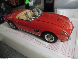 FERRARI 250 CALIFORNIA SWB 1960 Au 1/18 RARE ! Marque CMC Haut De Gamme Finition Extra - CMC