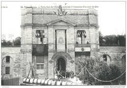VINCENNES    (94)  - LA PORTE SUD PAVOISEE POUR UN JOUR DE FETE -  Bb-322 - Vincennes