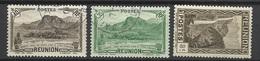 Réunion Poste   N°  133  Et  164  Oblitérés B/ TB .....  Soldé à Moins De  20  %   Plus 1  Offert ! ! ! - Reunion Island (1852-1975)
