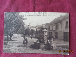 CPA - Monestier-de-Clermont - Place Du Champ De Foire - France