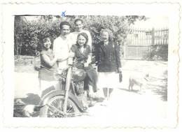 Photo Famille Et Moto à Identifier - Cars