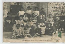 Cpa  Estivareilles Un Groupe De Dentelières , Métier Dentelière 1912 Dans Le 03 - 42 ? - Artisanat