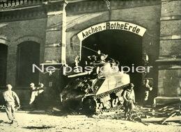 WWII AIX LA CHAPELLE Aachen Troupes Américaines 1944 Tres Grande Photo - Oorlog, Militair