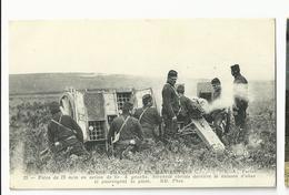 Armée Française En Manoeuvre  , Piece De 75mm En Action De Tir - Manoeuvres