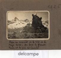 PHOTO  ANCIENNE - Papa Au Sommet De La Tete De La Maye 2520 - Au Fond La Grande Ruine Et Les Pics Des Cavales - 1925 - Lieux