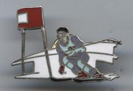 Pin's Démons Et Merveilles Ski Skieur (1) - Sport Invernali