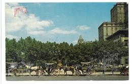 U.S.A. Stati Uniti D'America Carriages On 59th Street, New York City Viaggiata 1974 Condizioni Come Da Scansione - Viste Panoramiche, Panorama