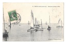 (23993-44) Préfailles - Barques Prenant La Mer - Préfailles