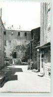 19456 - ARTIGNOSC SUR VERDON - CPSM - RUE PITTORESQUE / LE CHATEAU - France