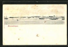 CPA Mozambique, Le Port Avec Bateauxn - Mozambique