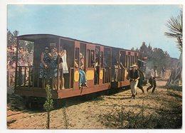 Près Royan--LES MATHES-LA PALMYRE--Palmyrosa--Attaque Du Train (très Animée)...  à Saisir - Les Mathes