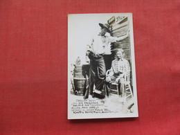 RPPC Sheriff Andy & His Prisoner Sad Eye Joe  Buena Park Ca.  Ref 3334 - Polizia – Gendarmeria
