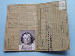 Carte D'identité De BELGE - MEAN (Dinant) 1973 - N° F 122023 - DUVIVIER Méan Le 03 Mai 1929 ( Zie Foto Details ) ! - Vieux Papiers