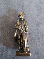 Petite Statue De Napoléon 1er En Régule De 10 Cm De Haut - Trou à La Basse - - Sculptures
