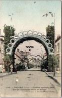 45 BRIARE - Comice 1905, Arc De Triomphe Route De Bonny - Briare