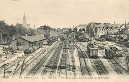 VITRE - Vue De La Gare,prise Du Pont De Saint Croix.(ELD éditeur). - Bahnhöfe Mit Zügen