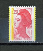 "FRANCE - 2,20 ROUGE  LIBERTÉ ""3 PHO PAR DÉCALAGE"" -  N° Yvert  2376** - 1982-90 Liberty Of Gandon"