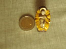 Vieux Petit Jesus En Plomb 4 Cm - Santons