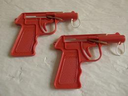 2 Pistolets Jouet Cadeau 1 Beretta C.7.65 Italy 1 Sans Précision Juste Bonux...? - Reclame