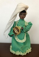 Poupée Floklorique De Région Cuba - Dolls