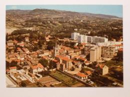 CALUIRE ET CUIRE (69/Rhône) - Vue Du Centre , Eglise , Immeubles / HLM - Monts D'Or En Arrière Plan - Caluire Et Cuire