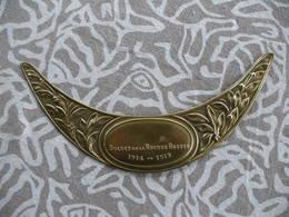 WW1 PLAQUE  DE CASQUE ADRIAN POILU / SOLDAT DE LA GRANDE GUERRE / GRAVURE DIFFERENTE - Casques & Coiffures