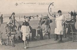 CPA - Belgique - Blankenberge - Blankenberghe - En Famille Sur La Plage - Blankenberge