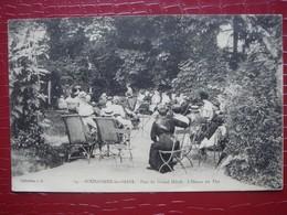 52. BOURBONNE LES BAINS - Parc Du Grand Hôtel . L'Heure Du Thé - Bourbonne Les Bains