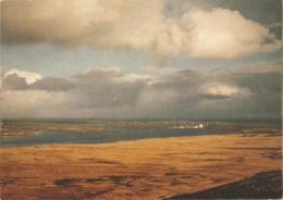 29 - Brasparts - Le Lac De Brennilis Vu Du Mont Saint Michel. Au Fond, La Centrale Nucléaire - éd. Jos (circ. 1987) - Altri Comuni