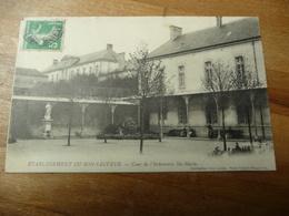 50 - Etablissement Saint Sauveur Cour Infirmerie Ste Marie - Autres Communes