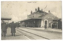 SAUJON (17, Charente Maritime) Arrivée D'un Train Dans La Gare - Animée - 1914 - Saujon