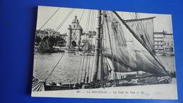 291 - LA ROCHELLE - Un Coin Du Port - La Rochelle